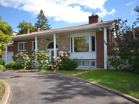 House for sale in Charlemagne, Lanaudière, 116, Rue  Saint-Alexis, 16517508 - Centris
