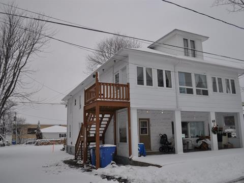 4plex for sale in New Carlisle, Gaspésie/Îles-de-la-Madeleine, 34, Rue  Green, 15861583 - Centris