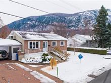 Maison à vendre à Mont-Saint-Hilaire, Montérégie, 719, Rue  Lavoie, 27794786 - Centris