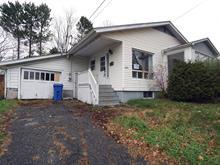 Maison à vendre à Coaticook, Estrie, 479, Rue  May, 24515360 - Centris