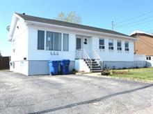 Maison à vendre à Baie-Comeau, Côte-Nord, 153, Avenue  Le Gardeur, 18042700 - Centris