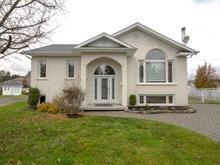 Maison à vendre à Chicoutimi (Saguenay), Saguenay/Lac-Saint-Jean, 2014, Rue des Colombes, 27629019 - Centris