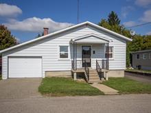 Maison à vendre à Lachute, Laurentides, 95, Rue  Corbeil, 27491966 - Centris