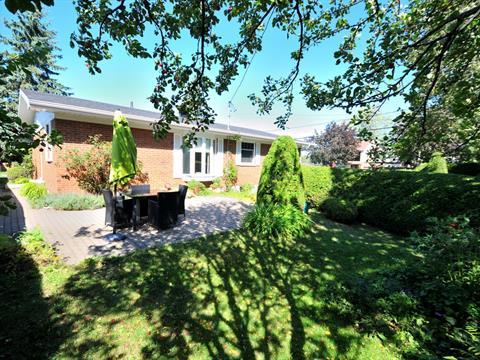 Maison à vendre à Mont-Joli, Bas-Saint-Laurent, 111, Avenue  Levasseur, 24366390 - Centris