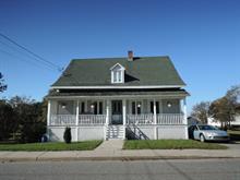 Maison à vendre à L'Isle-Verte, Bas-Saint-Laurent, 180, Rue  Saint-Jean-Baptiste, 17837820 - Centris