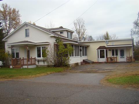 Maison à vendre à Rivière-Rouge, Laurentides, 1250 - 1258, Rue  Landry, 25649997 - Centris
