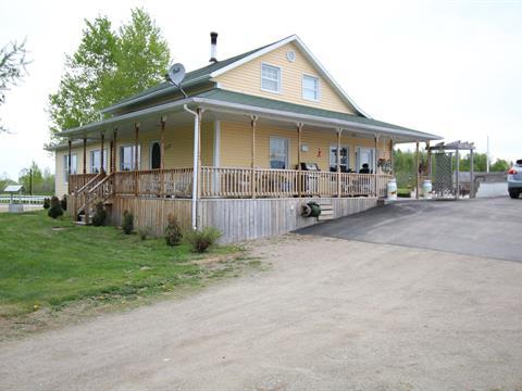 Hobby farm for sale in Saint-Stanislas, Saguenay/Lac-Saint-Jean, 1204, Rang  Chabot, 9286197 - Centris