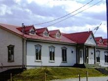 Bâtisse commerciale à vendre à Rimouski, Bas-Saint-Laurent, 79, Rue de l'Évêché Est, 23301722 - Centris