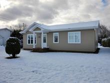 Maison à vendre à Pointe-à-la-Croix, Gaspésie/Îles-de-la-Madeleine, 17, Rue  Berthelot, 27436578 - Centris