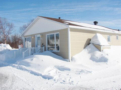 Maison mobile à vendre à Ragueneau, Côte-Nord, 813, Rue des Mouettes, 18709576 - Centris