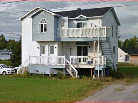 Triplex à vendre à Notre-Dame-du-Mont-Carmel, Mauricie, 3950, Route des Vétérans, 23415907 - Centris