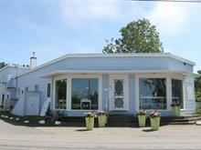 Bâtisse commerciale à vendre à Métis-sur-Mer, Bas-Saint-Laurent, 160, Rue  Principale, 15820889 - Centris