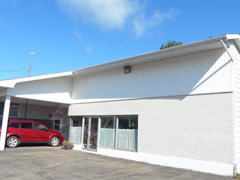Bâtisse commerciale à vendre à Sainte-Croix, Chaudière-Appalaches, 5960A, Rue  Principale, 13010525 - Centris