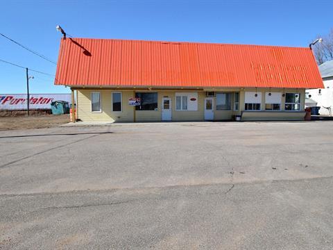 Commercial building for sale in Louiseville, Mauricie, 1111, boulevard  Saint-Laurent Est, 21077236 - Centris