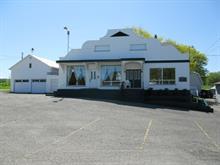 Maison à vendre à Saint-Octave-de-Métis, Bas-Saint-Laurent, 326, Rue  Principale, 20905281 - Centris