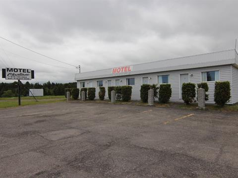 Commercial building for sale in Les Méchins, Bas-Saint-Laurent, 189, Route  Bellevue Ouest, 19505940 - Centris