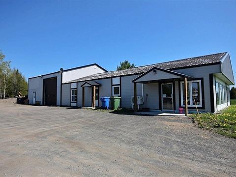 Bâtisse commerciale à vendre à Maria, Gaspésie/Îles-de-la-Madeleine, 753A - 753B, boulevard  Perron, 13058571 - Centris