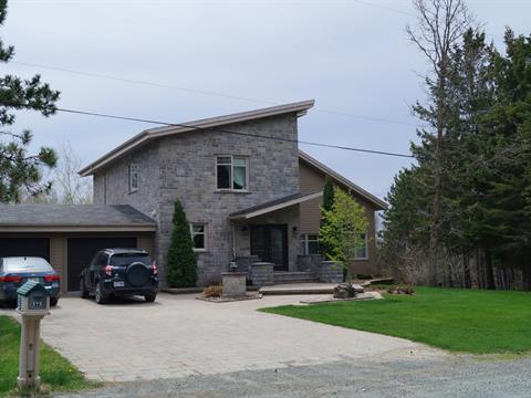 Fermette à vendre à Saint-Samuel, Centre-du-Québec, 575, 15e Rang, 16438745 - Centris