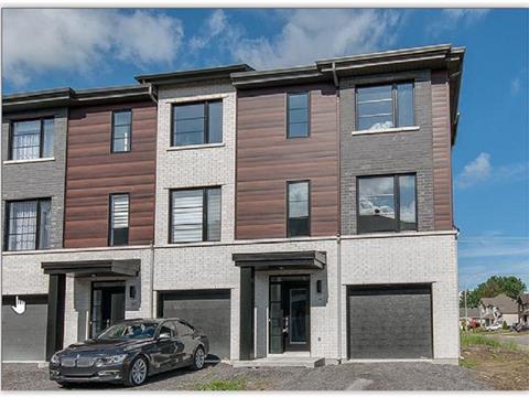 Maison de ville à vendre à Blainville, Laurentides, 63, Rue  Roger-Boisvert, 9698222 - Centris