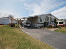 Maison à vendre à Rivière-du-Loup, Bas-Saint-Laurent, 96, Rue  Thomas-Jones, 27586251 - Centris