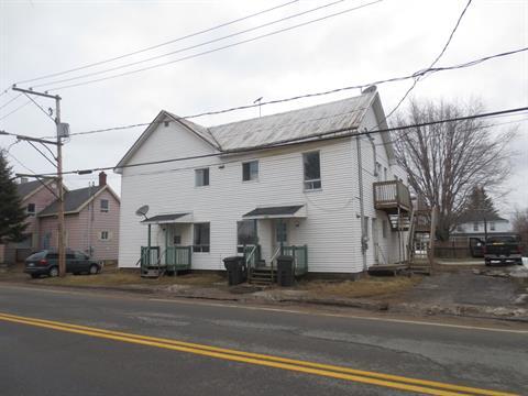 Quadruplex à vendre à Manseau, Centre-du-Québec, 395 - 401, Rue  Saint-Albert, 23342468 - Centris