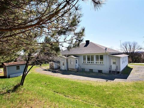 Triplex for sale in Saint-Claude, Estrie, 780, Route  249, 16983764 - Centris