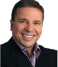 Pedro Medeiros, Courtier immobilier
