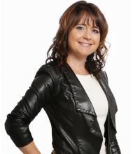 Karyne Côté, Real Estate Broker