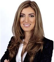 Maya Abaji, Courtier immobilier résidentiel et commercial