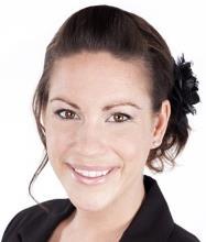 Anna Vaillancourt, Courtier immobilier