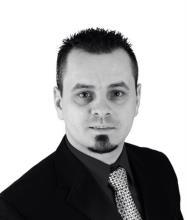 Dragos Grosu, Courtier immobilier