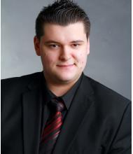 Emanuel Papadakis, Courtier immobilier résidentiel