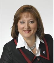 Malika Hocine, Courtier immobilier résidentiel