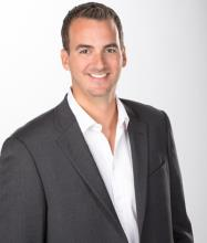 Yan Castonguay, Real Estate Broker