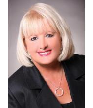 Louise Lacroix, Courtier immobilier