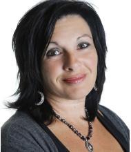 Annick Clément, Courtier immobilier