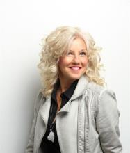 Martine Bédard, Certified Real Estate Broker AEO
