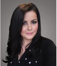 Raushania Sadikova, Courtier immobilier résidentiel