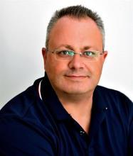 Steven W. Thacker, Courtier immobilier