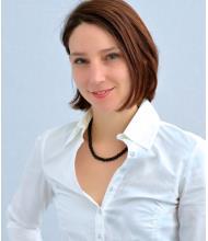 Nina Téoli, Real Estate Broker