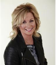 Lyne Nolet, Courtier immobilier