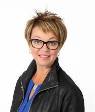 Gisèle Julien, Courtier immobilier agréé