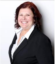 Danielle Martineau, Courtier immobilier