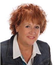 Diane Lapensée, Courtier immobilier