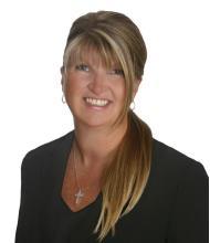 Claudia Duvell-Prévost, Courtier immobilier