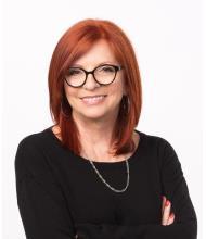 Hélène Courtemanche, Courtier immobilier