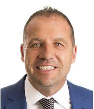 André Dussault, Courtier immobilier