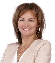 Lorraine Blain, Courtier immobilier agréé