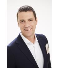 Chris Taylor, Courtier immobilier résidentiel