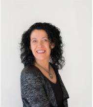Julie Martel, Courtier immobilier